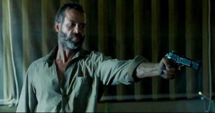 guy-pearce-in-the-rover-movie-9