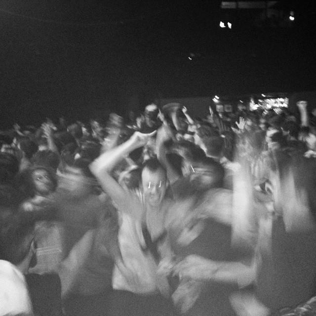 Drenge Crowd